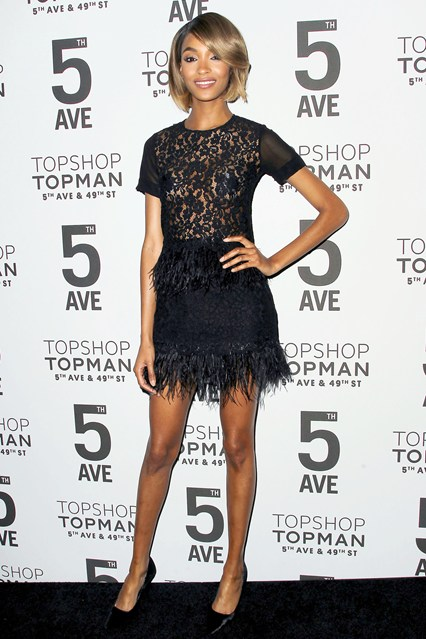 Jourdan-Dunn-Vogue-5Nov14-Rex_b_426x639