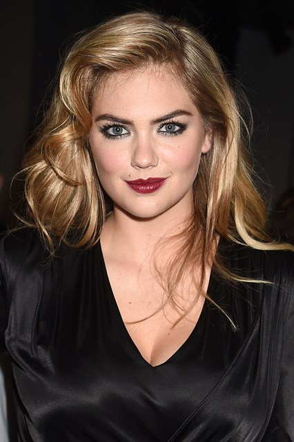 Kate-Upton-Vogue-14Apr14-Getty_b_426x639