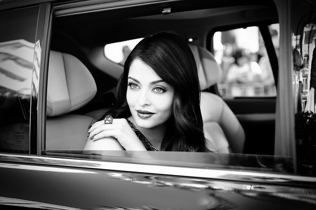 aishwarya-rai-getty-vogue-20may15-b_646x430