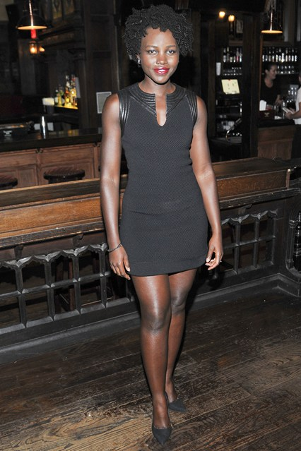 Lupita-Nyongo-Vogue-19Aug15-Getty_b_426x639
